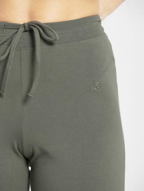 Beetle Capri Pants