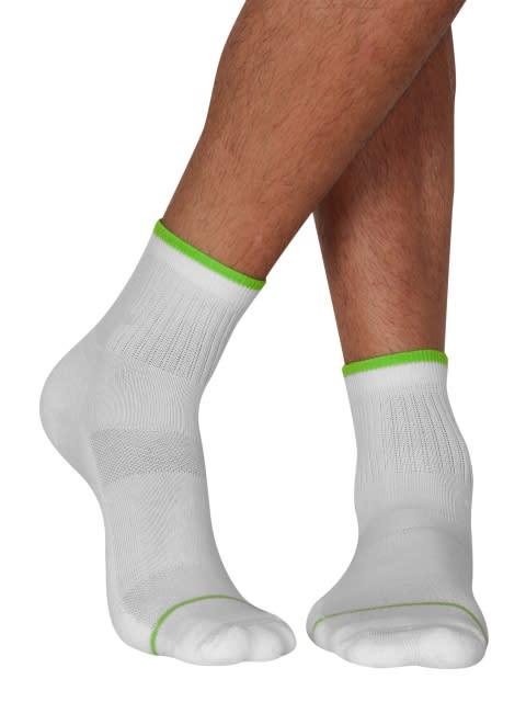 White & Performance Green Men Ankle Socks