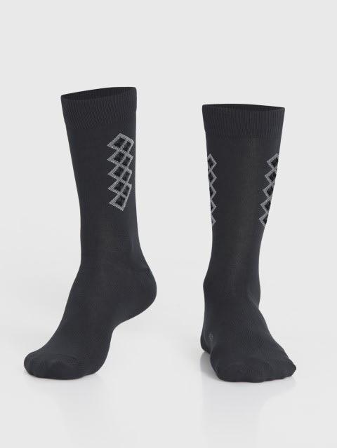 Cool Grey Men Calf Length Socks