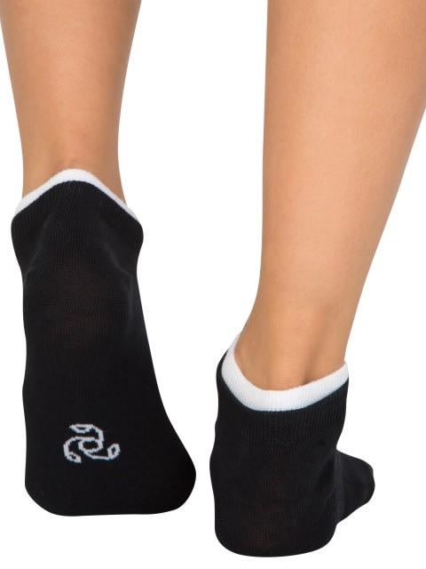White & Black Women Low ankle socks Pack of 2