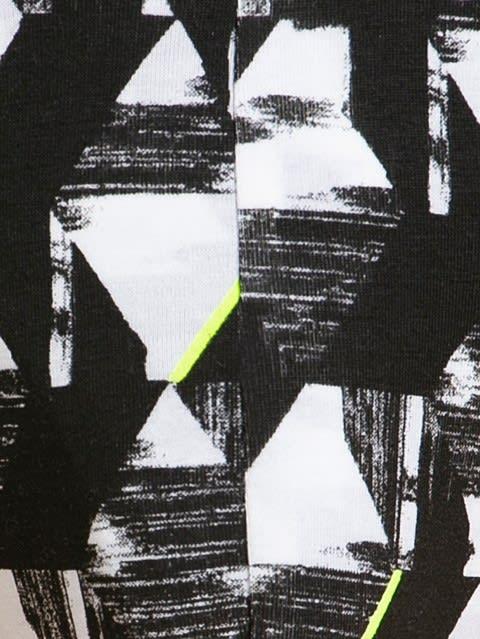 White with Black Des02 Brief