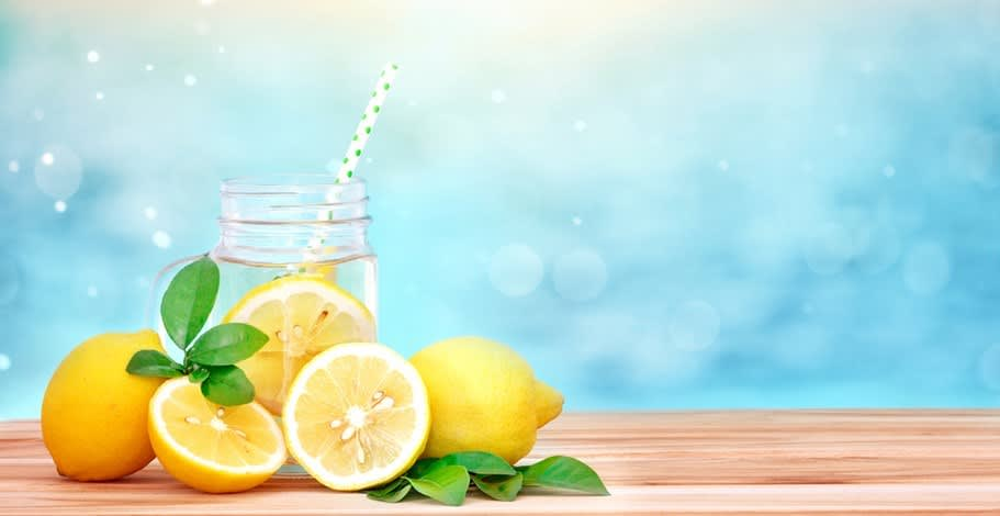 Want to enjoy the summerfeels? Let's start by getting hydrated first!